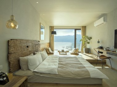 如何在淡季用小红书导流,帮两家均价1500一晚的海景酒店做到天天满房